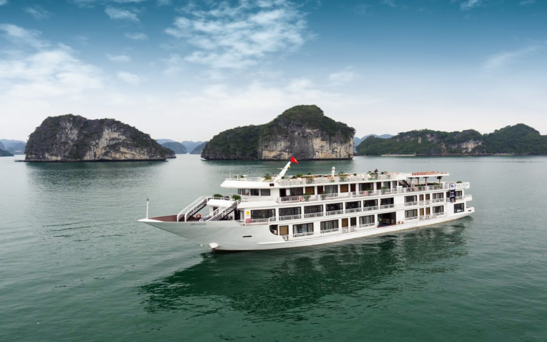 Halong Bay – Best Budget Cruises to Book Now!