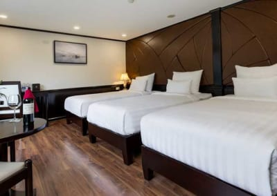 triple-room-with-jacuzzi-1